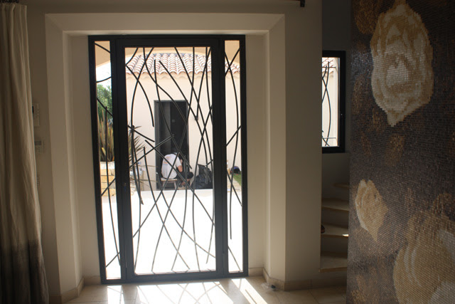 metal design exterior door  | 400 x 600