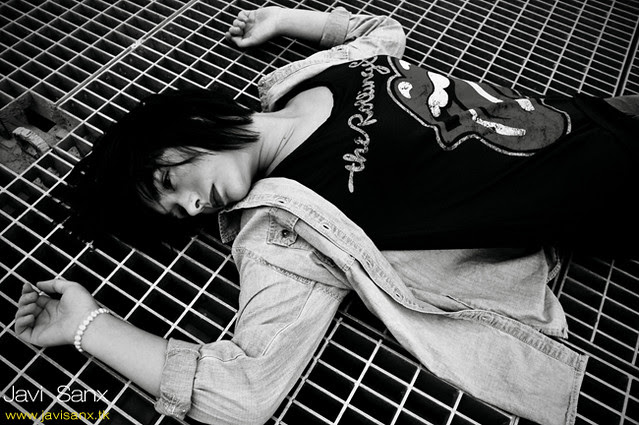 Ada Berta,  falling down