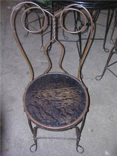 Antique Ice Cream Parlor Table/chairs