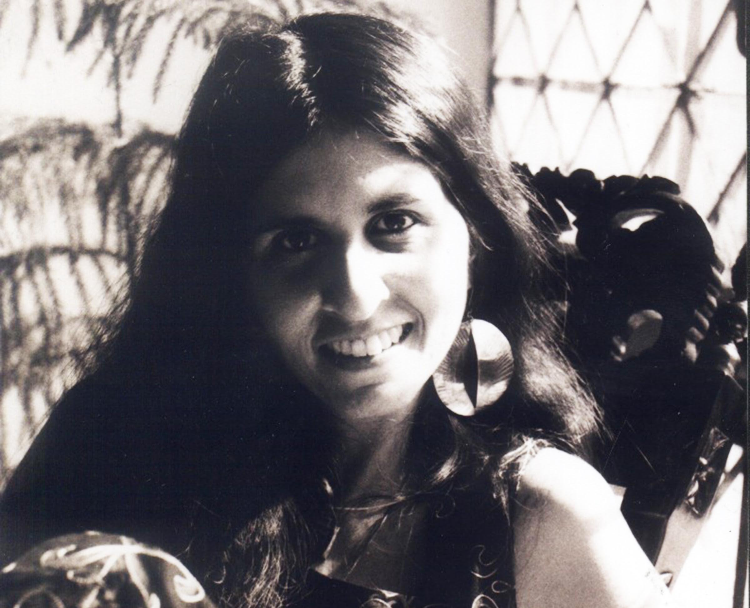 உஸ்மா அஸ்லம் கான்: உடல் என்ன நினைவூட்டுகிறது