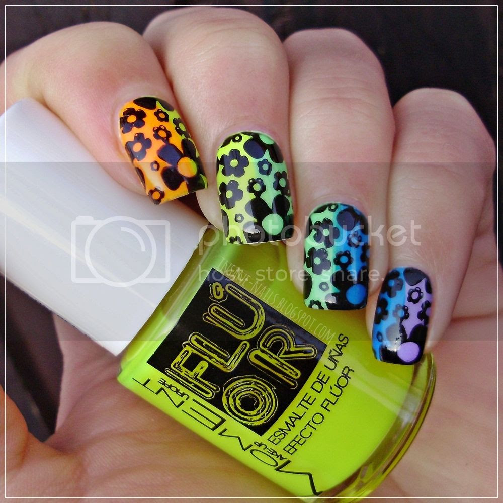 photo matching-manicures-rainbow-3_zps7yhobxyu.jpg