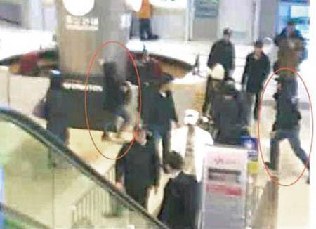 東方神起チャンミン空港事件の犯人は 空港ファッションもあり トンペンブログ 東方神起の部屋