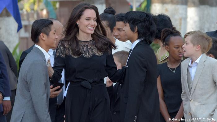 Afrika Angelina Jolie ihren Film in Kambodscha vor (Getty Images/AFP/T. C. Sothy)