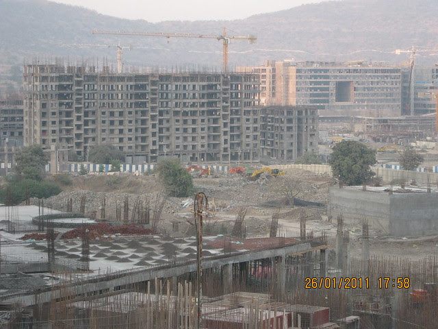 Podium of E Tower of Sangria, Megapolis Smart Homes 1 & 3 and TCS - Megapolis on 26th January 2011