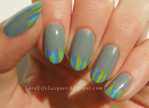 lovelifelacquer:  Striped tips! Read more on my blog or my Facebook page!