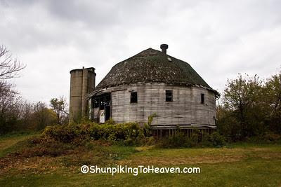The Dougan Round Barn, 1911, Rock County, Wisconsin