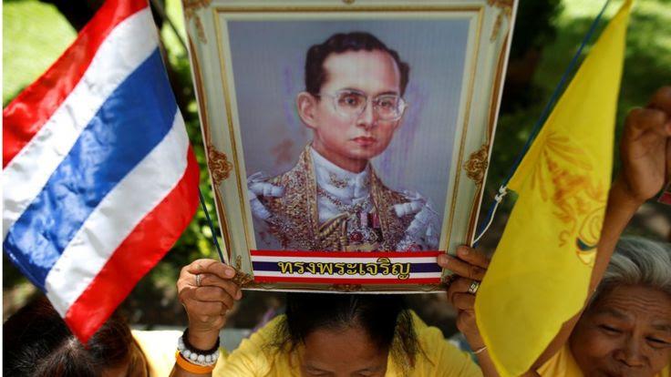 Vua Bhumibol được xem là trụ cột của sự ổn định