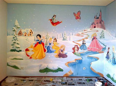 lukisan dinding kamar  mengekspresikan diri