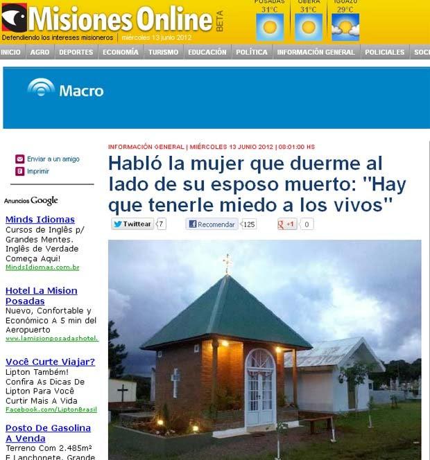 O mausoléu que foi equipado pela viúva Adriana Villarreal para dormir ao lado do marido morto, em foto do site Misiones Online (Foto: Reprodução)
