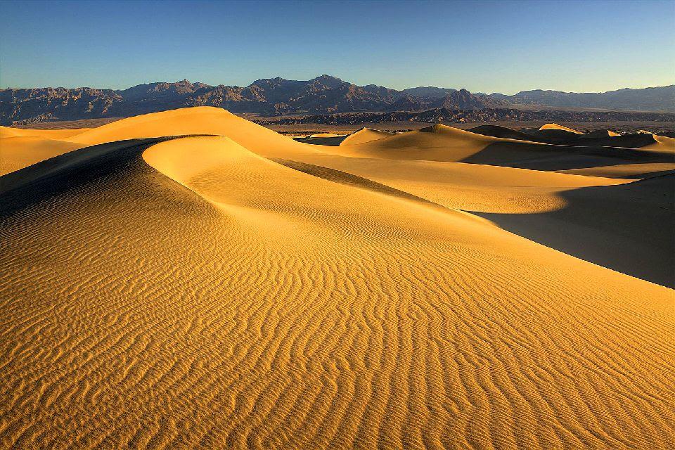 La Vallée de la mort , Mesquite Sand Dunes , Etats-Unis