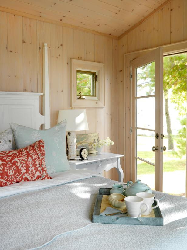 Cottage Decorating Ideas | HGTV