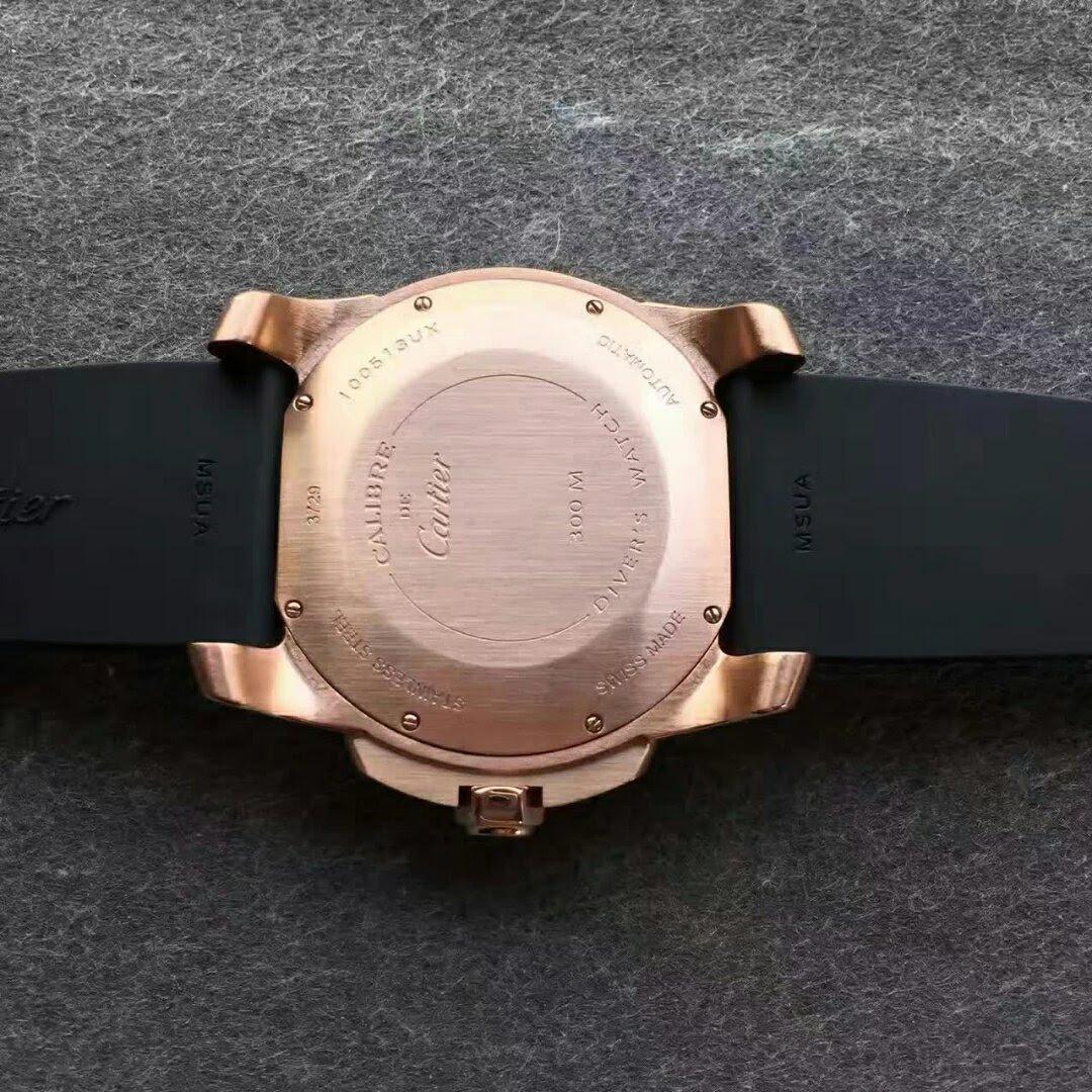 Calibre de Cartier W7100052 Case Back