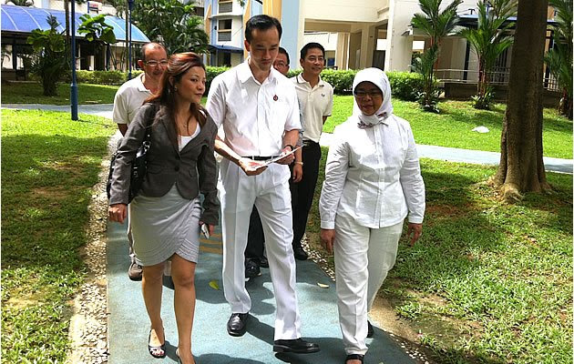 Speaker of Parliament Halimah Yacob gives her fullest support to Koh Poh Koon. (Yahoo! photo)