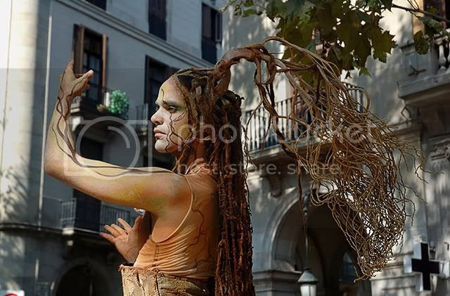 Safe the Earth: Portrait of Human Statue in Las Ramblas, Barcelona [enlarge]