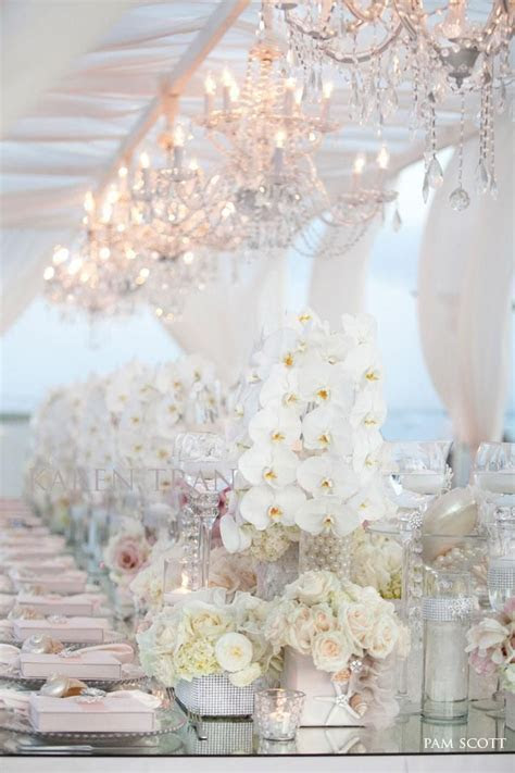White Wedding Ideas with Elegance   Wedding Reception