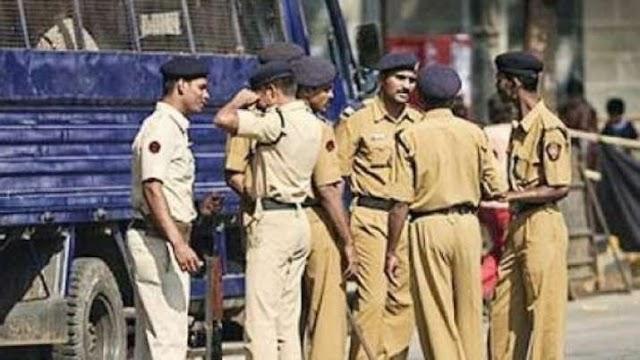 दिल्ली में ISIS आतंकी की गिरफ्तारी के बाद पूरे उत्तर प्रदेश में सतर्कता बरतने के आदेश