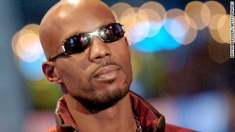 El rapero DMX está hospitalizado y con soporte vital después de un ataque cardíaco, dice un abogado de mucho tiempo