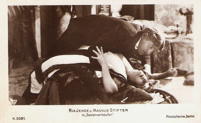 Ria Jende and Magnus Stifter in Seelenverkäufer