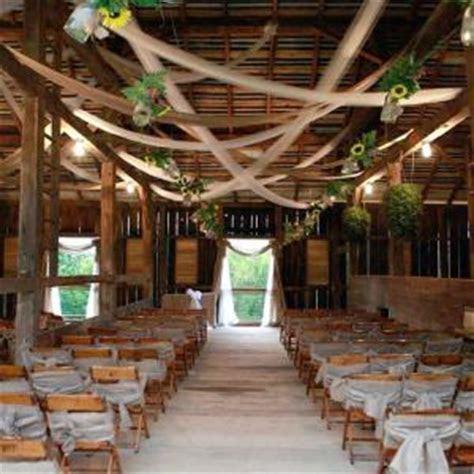 The Gish Barn   Rittman Ohio   Rustic Wedding Guide