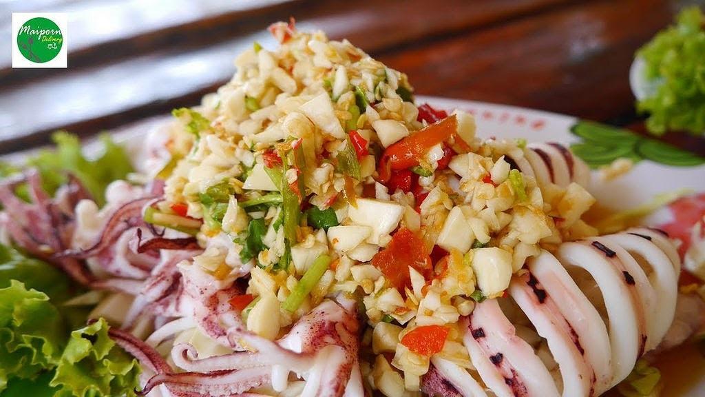 ปลาหมึกนึ่งมะนาว KruaMaiporn l อาหารตามสั่ง อาหารจานด่วน บริการจัดส่งถึงบ้าน อร่อยแซ่บต้องลอง : Liked on YouTube http://dlvr.it/PTXxxz