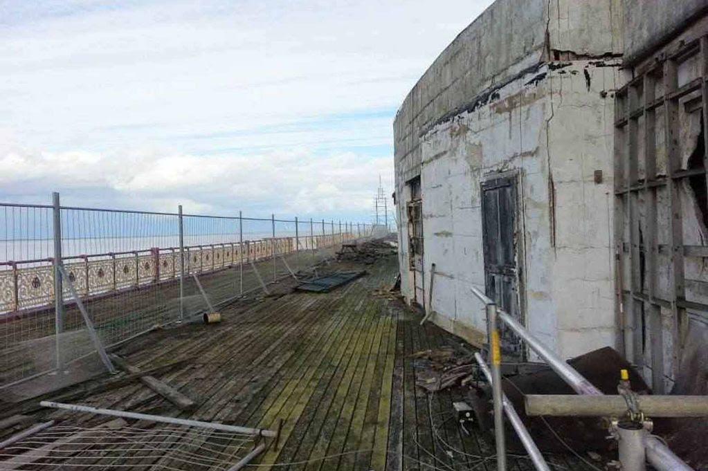 Colwyn Bay pier - outside damage