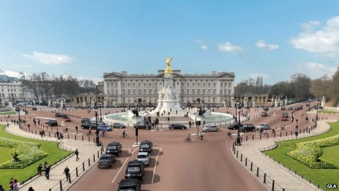 New cycle highway at Buckingham Palace