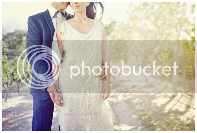 http://i892.photobucket.com/albums/ac125/lovemademedoit/coolcoupleweddingportrait.jpg?t=1295986695