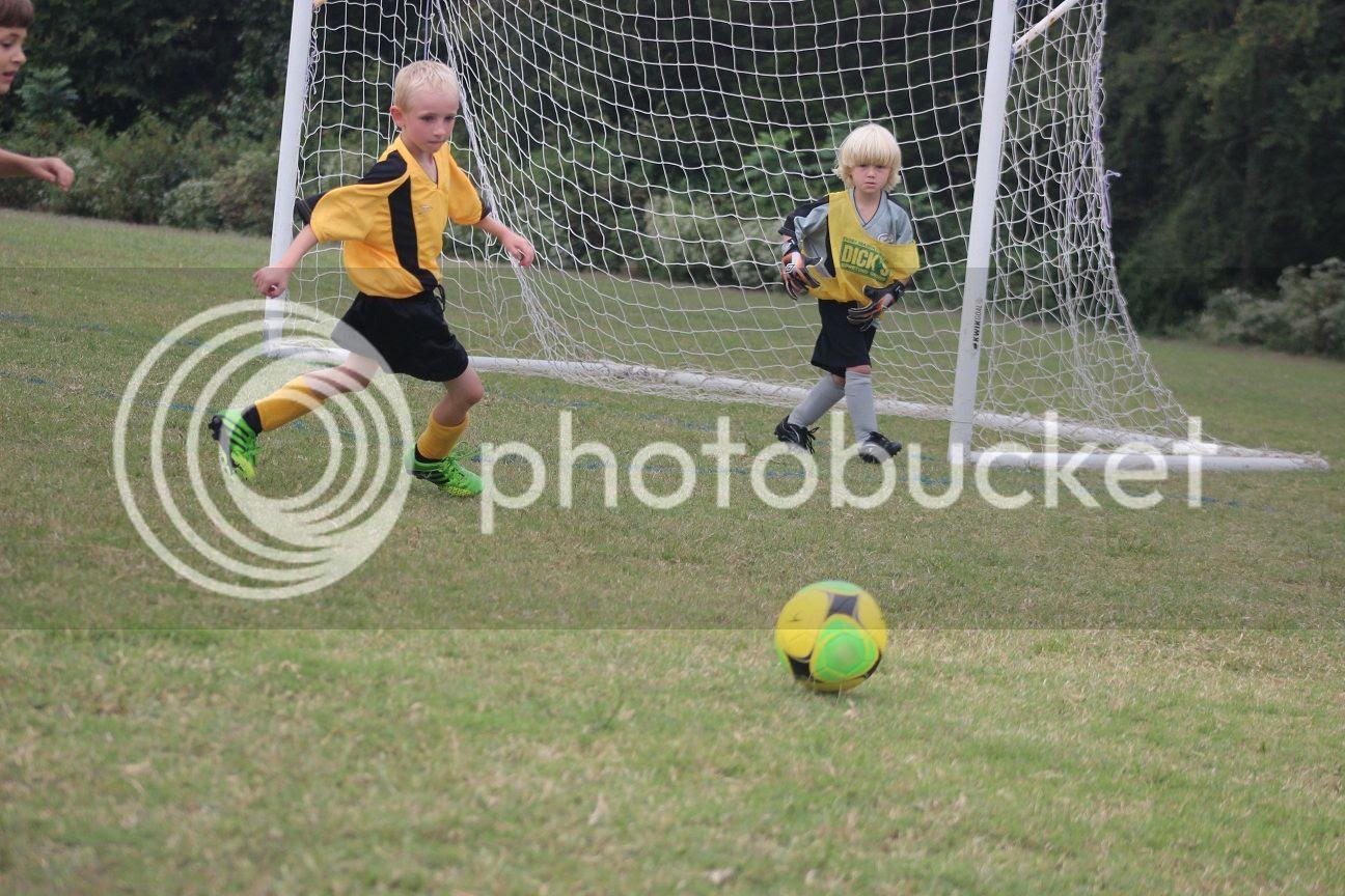 photo soccer25_zpsae5c41ad.jpg