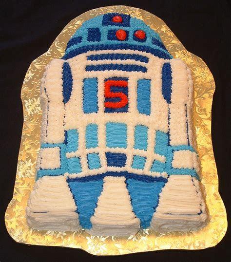 R2D2 Cakes ? Decoration Ideas   Little Birthday Cakes