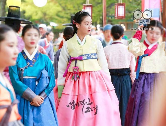 Đây là những nhân vật có gu thời trang ấn tượng nhất phim Hàn trong năm 2017 - Ảnh 37.