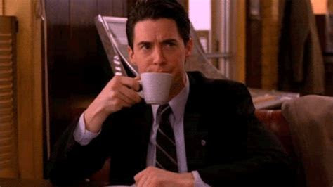 TV News   21 Twin Peaks GIFs that can be used in any