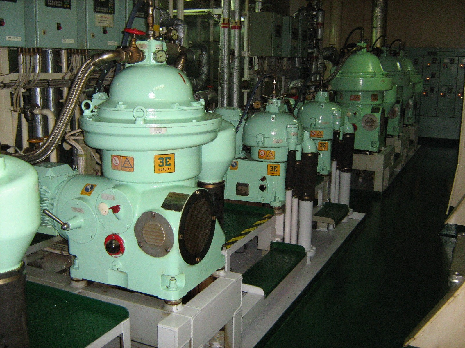 Types Purification Of Lubricating Oil