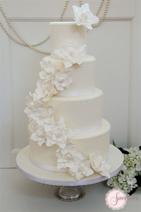 1000  images about Wedding Cake Designs I Love on Pinterest