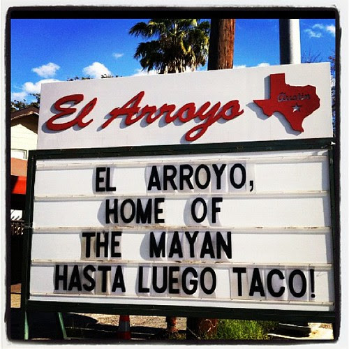 Getting my daily Austin fix with @elarroyosign #sign #marchphotoaday {Day 13}