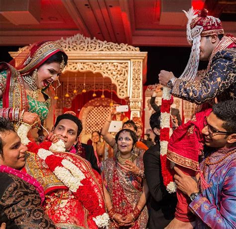 Hindu Marriage Traditions: A Varied, Vibrant & Venerable