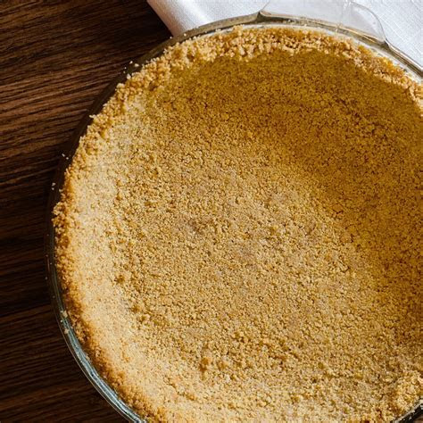 Graham Cracker Crust Recipe   Ashlee Marie   real fun with