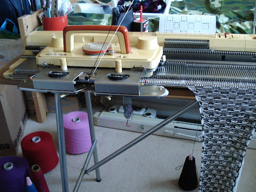 Crafting 365 Day 7: scarf in progress!