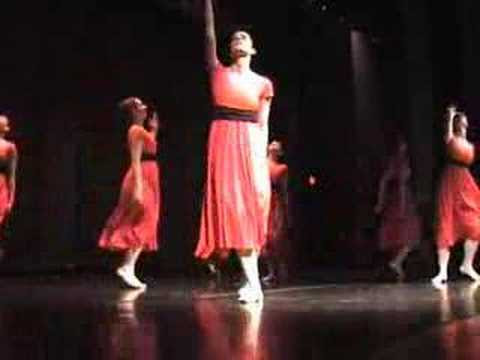 Ministerio de Dança: Os primeiros Figurinos