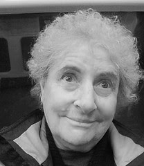 "Funny Julie77 in bw - Autoportrait ""making faces"""