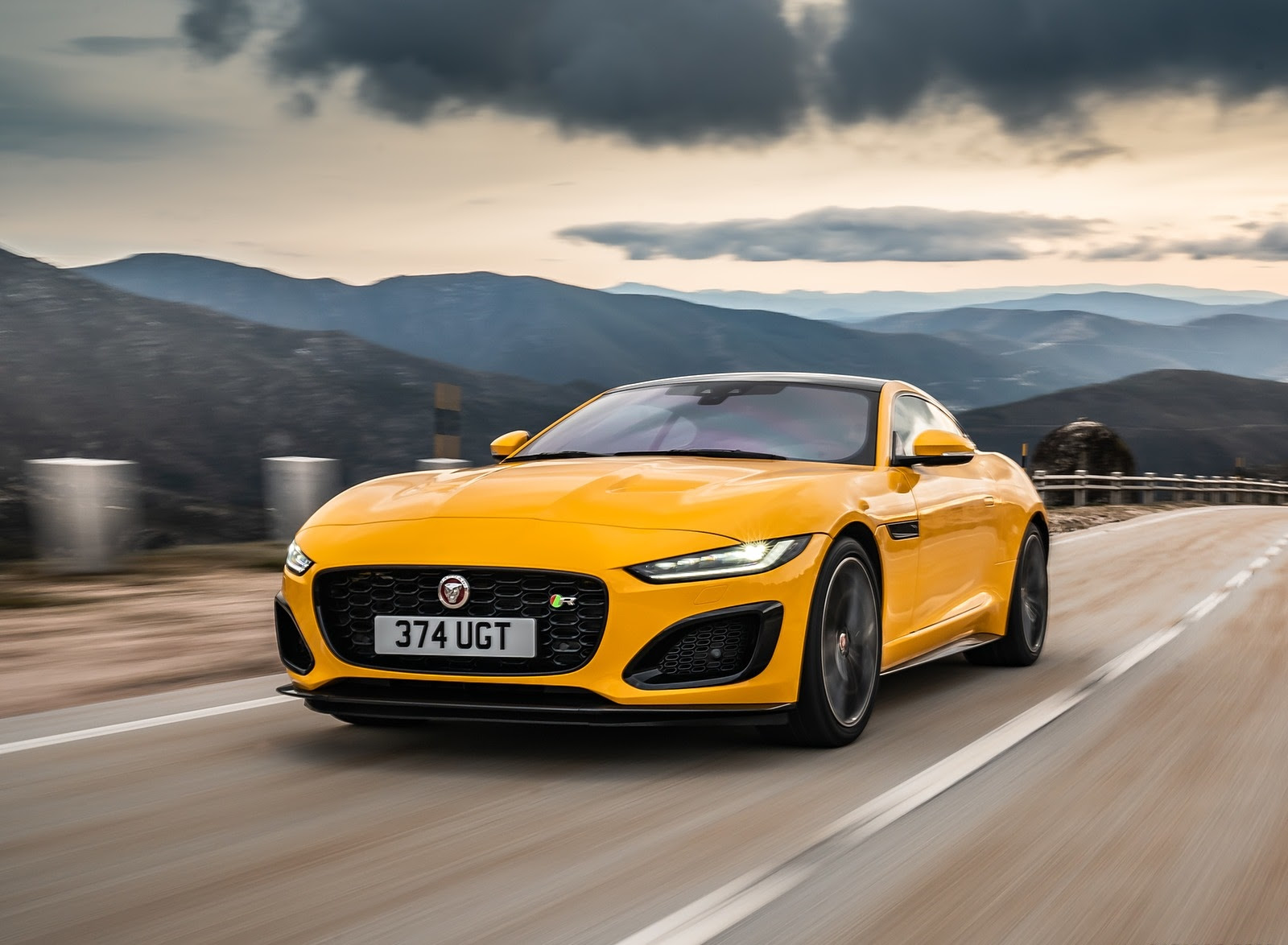 2021 Jaguar F Type R Wallpapers 81 Hd Images Newcarcars