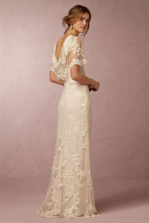 1000  ideas about Beach Wedding Gowns on Pinterest   Lace