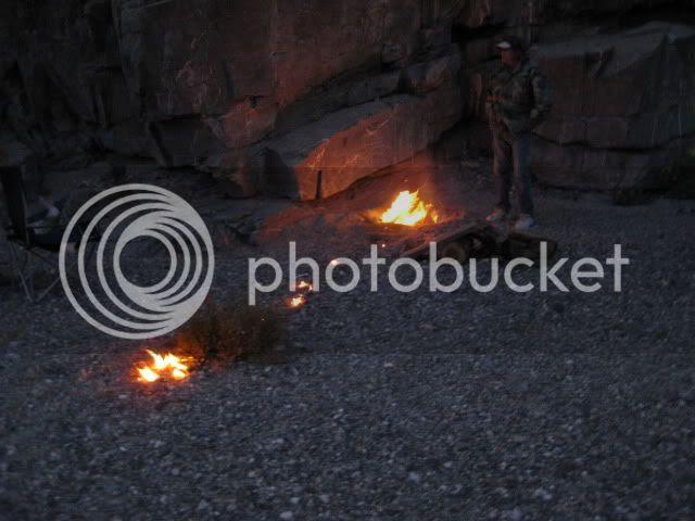 http://i213.photobucket.com/albums/cc212/DavidKier/EL%20VOLCAN%202011/Volcan2011176.jpg