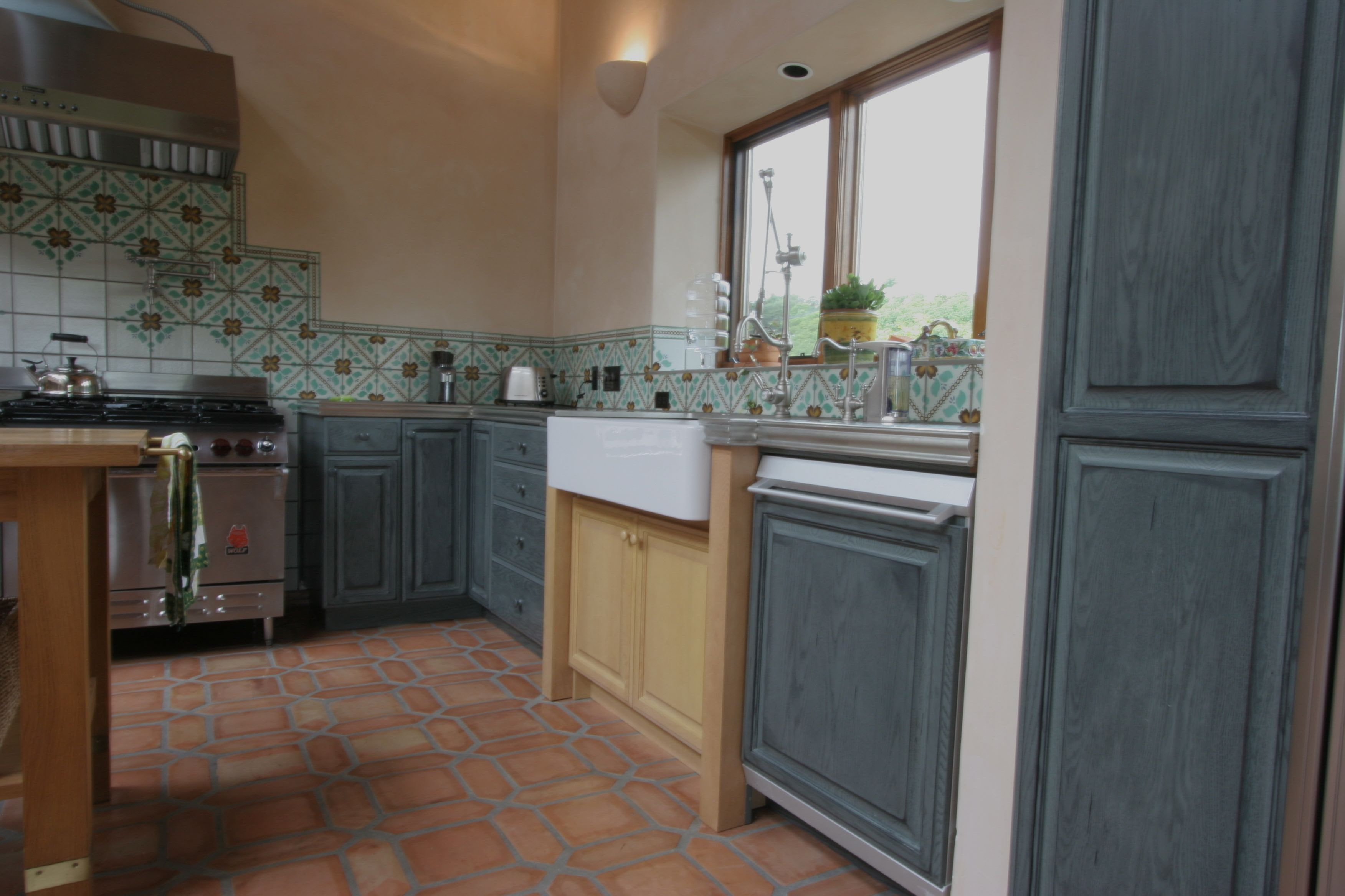 Red Oak Kitchen Cabinets / American Style Red Oak Modular ...