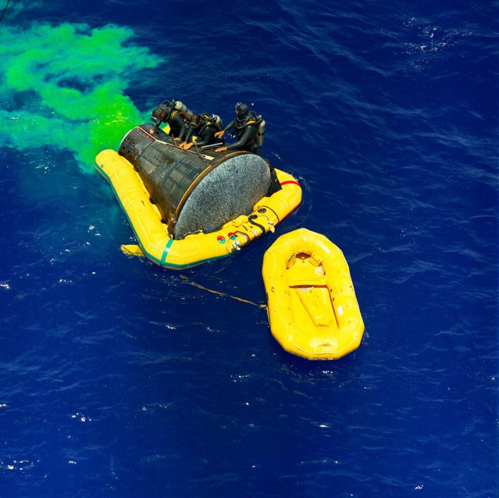 Jun07-1965-Gemini4-splashdown
