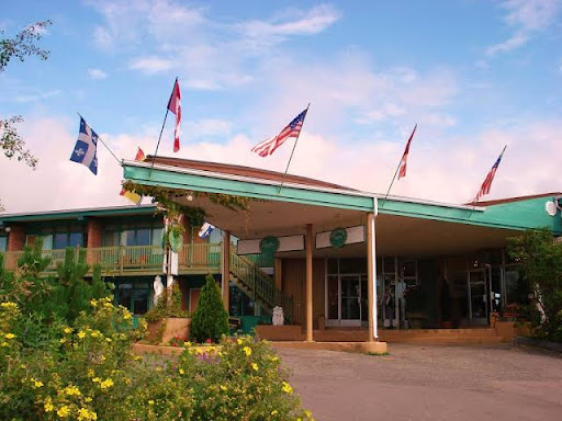 Luxury Hotel Hotel Caravelle in Baie-Comeau (QC) | CanaGuide