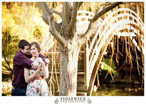 CHELSEA   RYAN   HUNTINGTON LIBRARY ENGAGEMENT SESSION