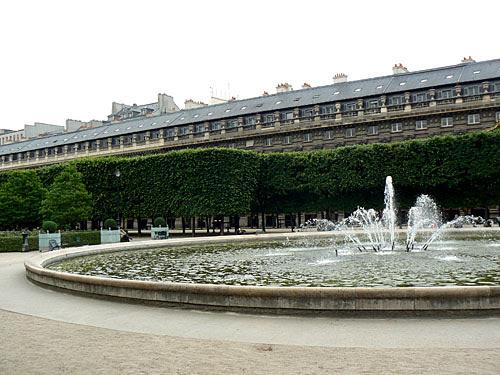 palais royal 2.jpg
