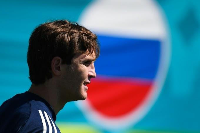 Карпин обсудил с Фернандесом дальнейшие игры за сборную России
