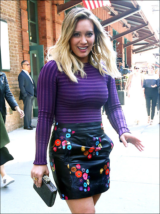 hillary duff sexy on the set of younger