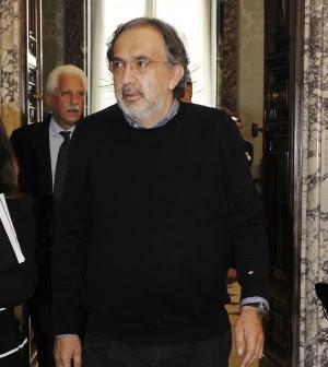 """Marchionne: """"Su Pomigliano folklore locale"""" Scoppia caso Sevel: """"Sciopero per la partita"""""""
